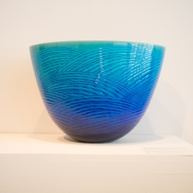 Kutani and Kanazawa Ware - Miyanishi Atsushi - Blue-glazed vase with wave motif